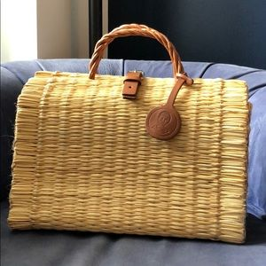 Brand new! Thomas Sires Plain Natural Basket Bag